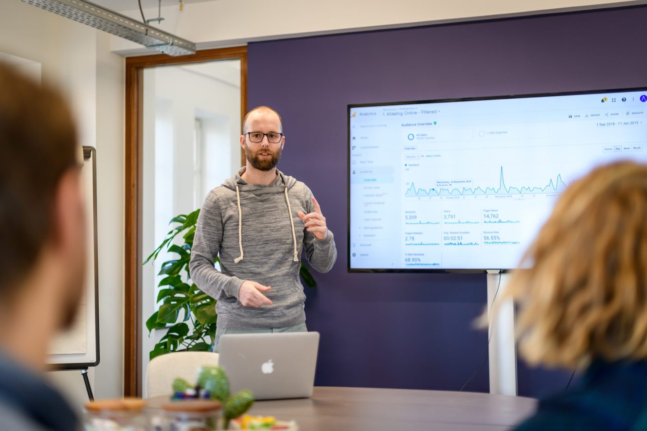 analytics agency dirk presenteert
